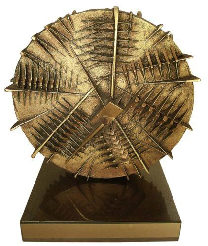 trofeo-alfa-romeo-1983-arnaldo-pomodoro-2